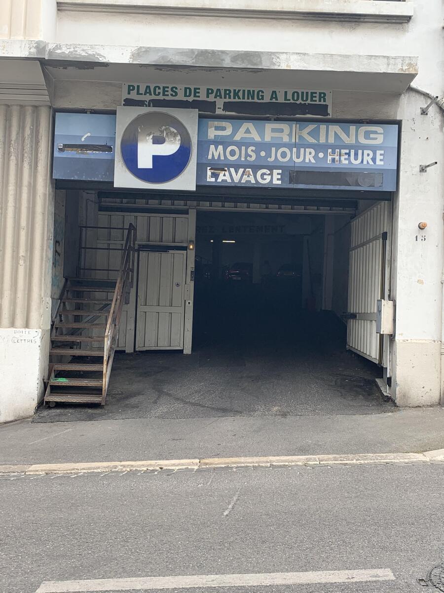Parking intérieur - Marseille 8ème